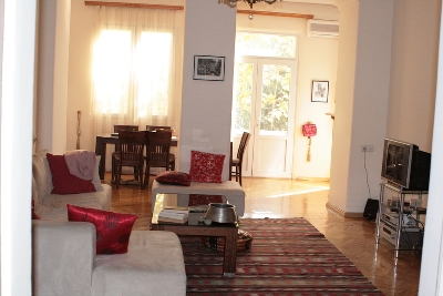 Property For Sale Or Rent: Apartment for rent in the center of Yerevan