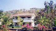 Real Estate For Sale: Beach House For Sale /live Among Bollywood Stars
