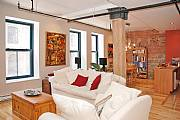 International real estates and rentals: Old Montreal. Very Trendy Loft!