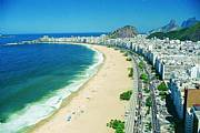 Real Estate For Sale: Apartment With Hotel Service And Mountain View In Copacabana