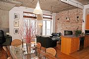 International real estates and rentals: Exceptional Loft In Old Montreal. View Of The Water!